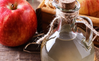 Apple cider vinegar with turmeric and cayenne pepper